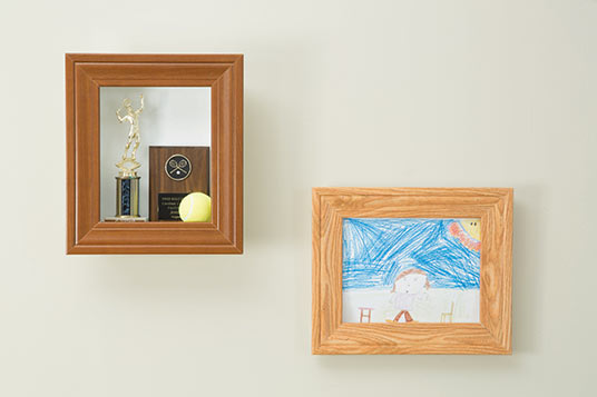 Hang your Picture Frame on the wall!